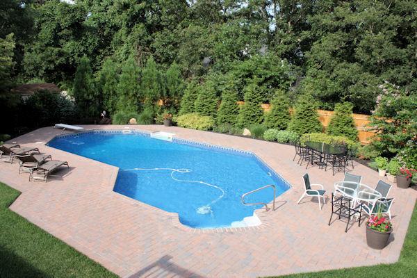 Pool patio garden design a guide to landscape design for Pool design guide
